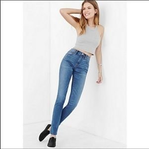 BDG Super High Rise Twig Ankle Skinny Stretch Jean